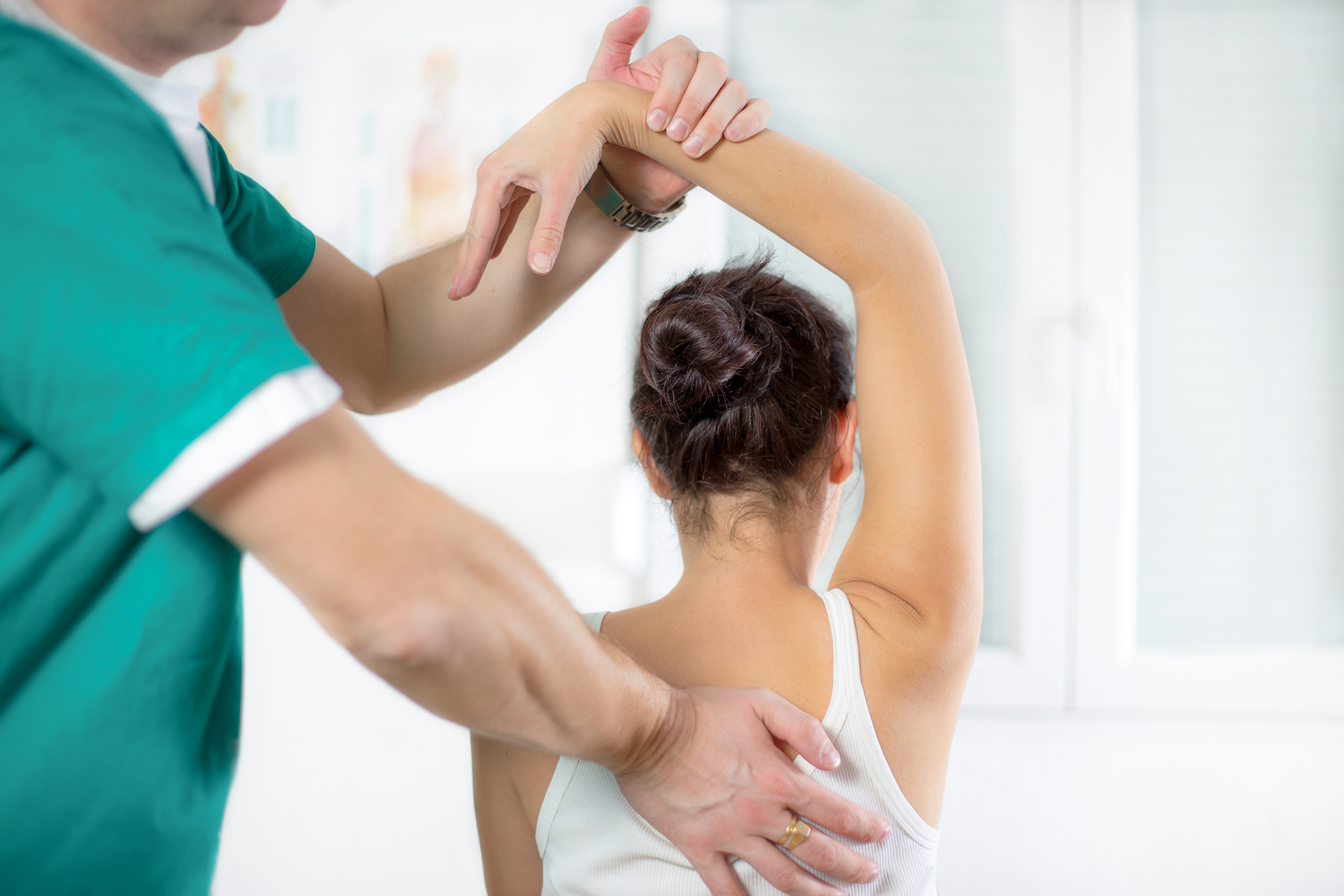Are you looking for natural pain relief and wellness care? Learn about chiropractic care from our chiropractors in Edmonds. Call today for an appointment!